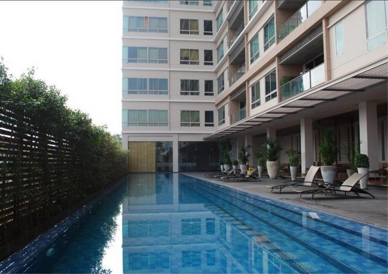 Bangkok Residential Agency's 4 Bed Condo For Rent in Sathorn BR4379CD 11