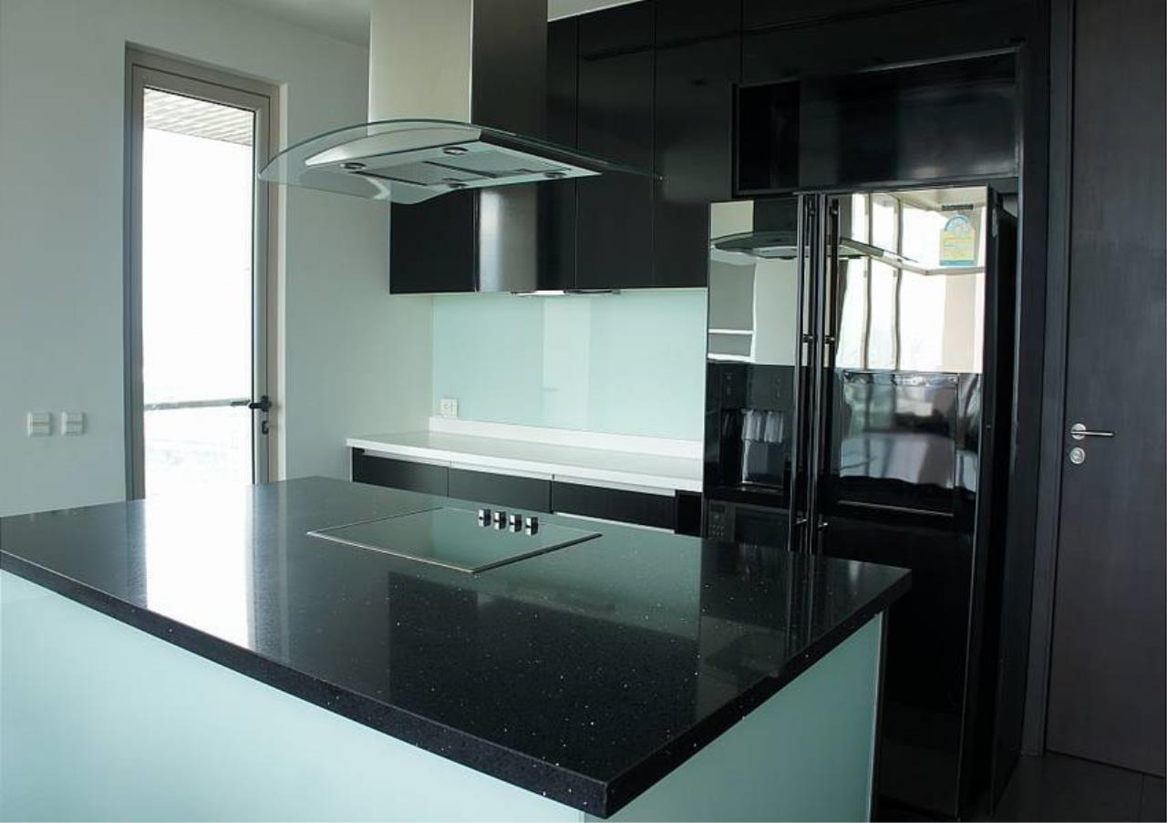Bangkok Residential Agency's 4 Bed Condo For Sale in Sathorn BR4379CD 6