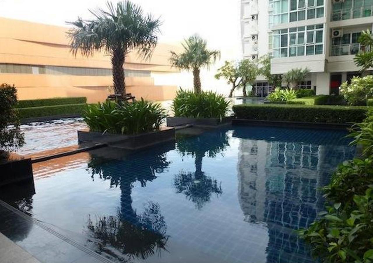 Bangkok Residential Agency's 2 Bed Condo For Rent in Ekkamai BR4405CD 1