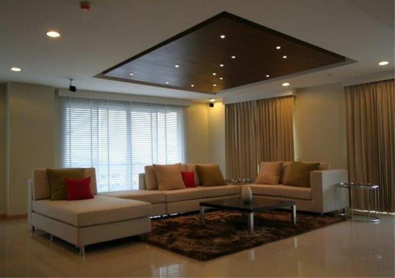 Bangkok Residential Agency's 4 Bed Condo For Sale in Phrom Phong BR4457CD 8