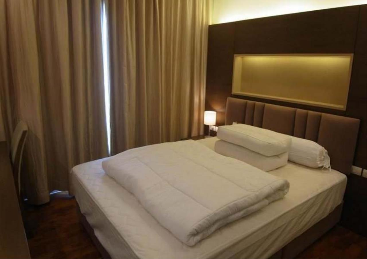 Bangkok Residential Agency's 2 Bed Condo For Sale in Phrom Phong BR4493CD 6