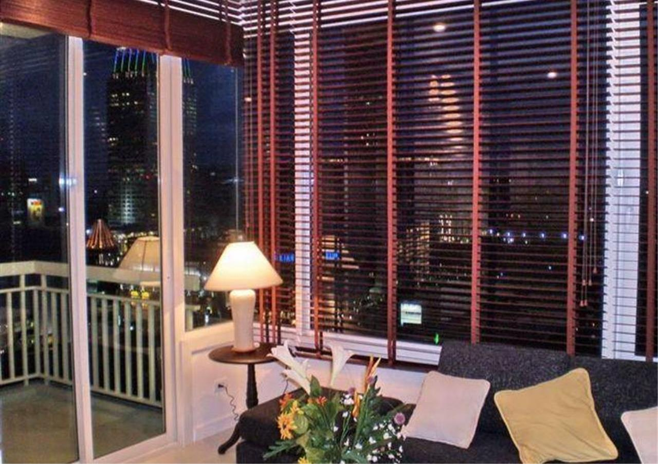 Bangkok Residential Agency's 2 Bed Condo For Rent in Chidlom BR4563CD 2