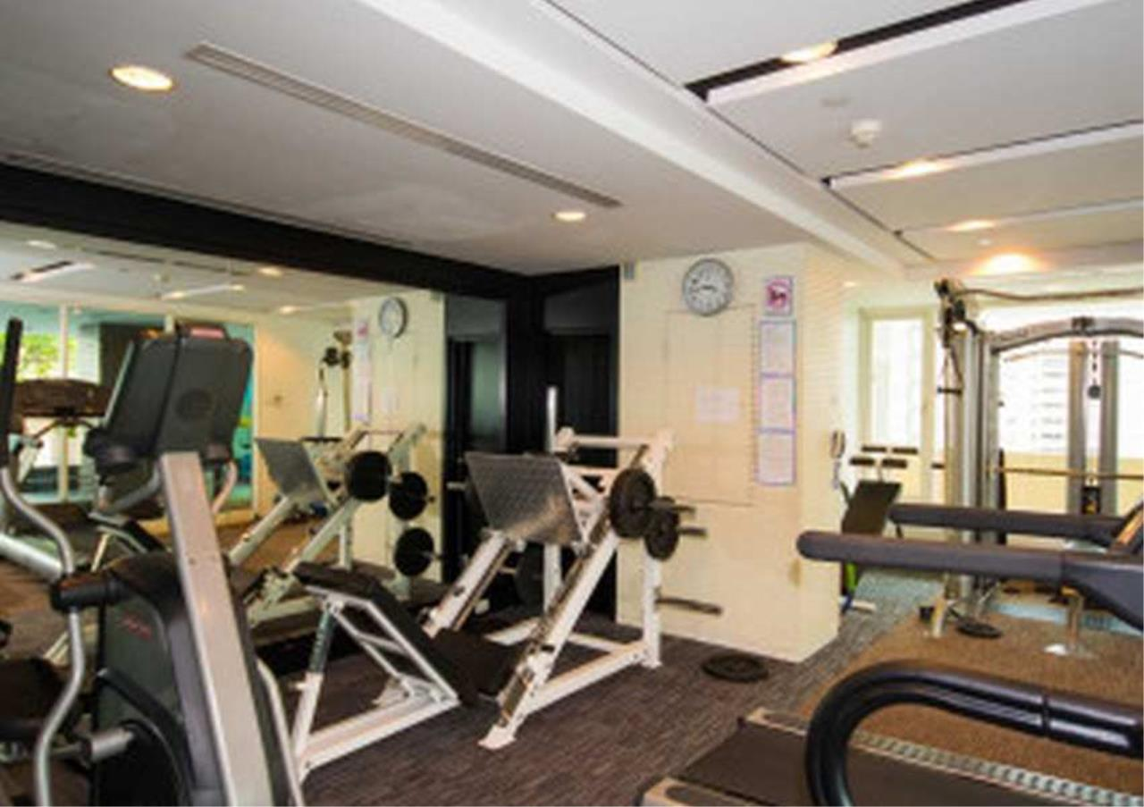 Bangkok Residential Agency's 3 Bed Condo For Sale in Phrom Phong BR4566CD 5