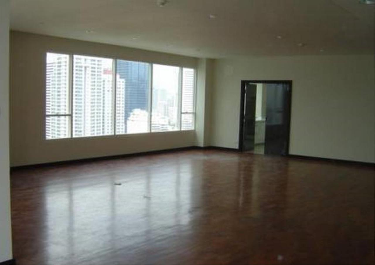 Bangkok Residential Agency's 5 Bed Condo For Rent in Phrom Phong BR4567CD 2