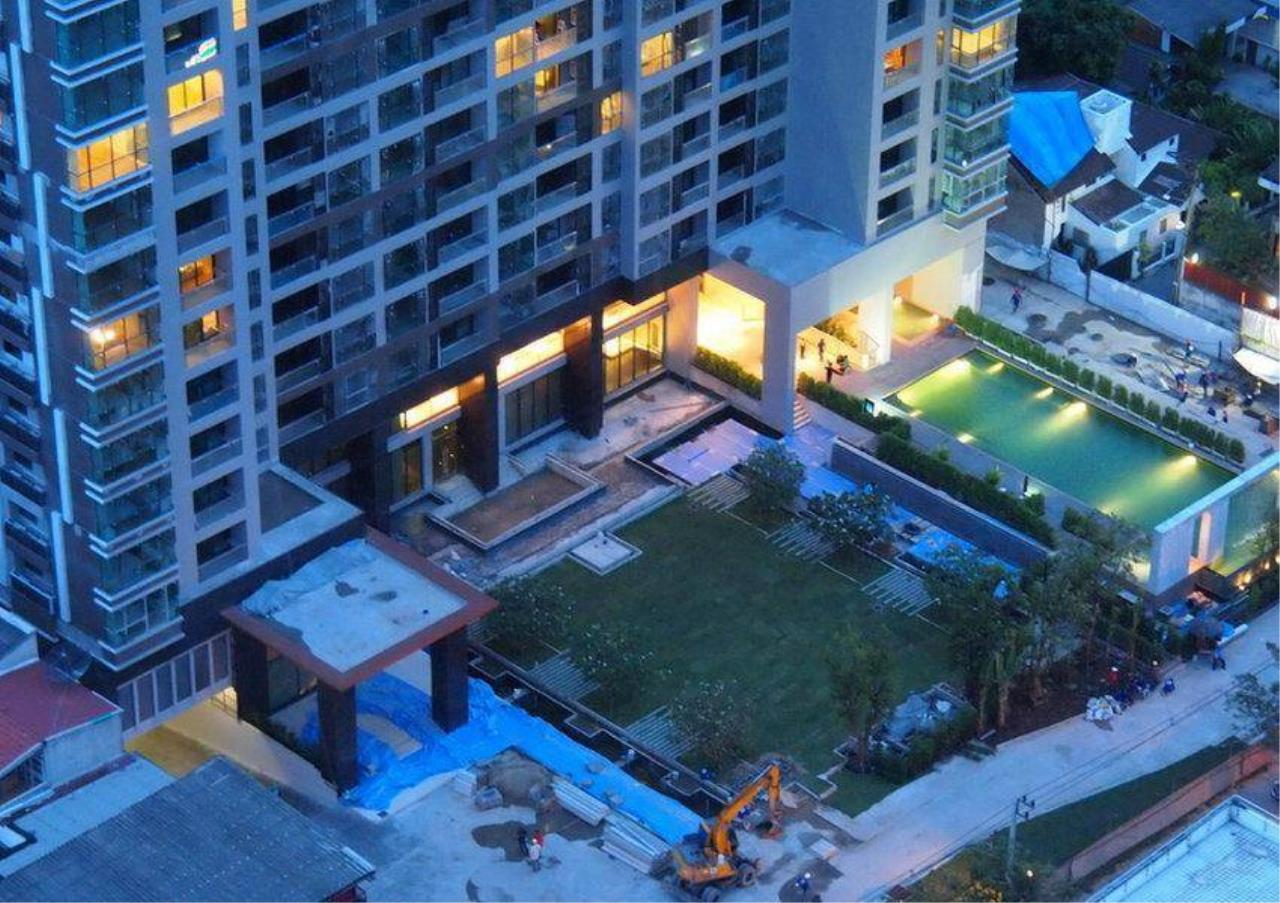 Bangkok Residential Agency's 1 Bed Condo For Rent in Sathorn BR4579CD 9