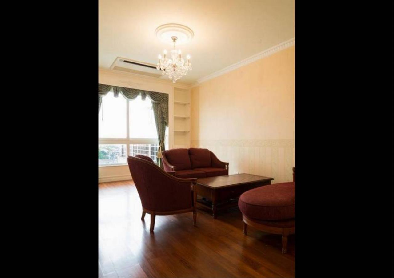 Bangkok Residential Agency's 5 Bed Condo For Sale in Ekkamai BR4607CD 6