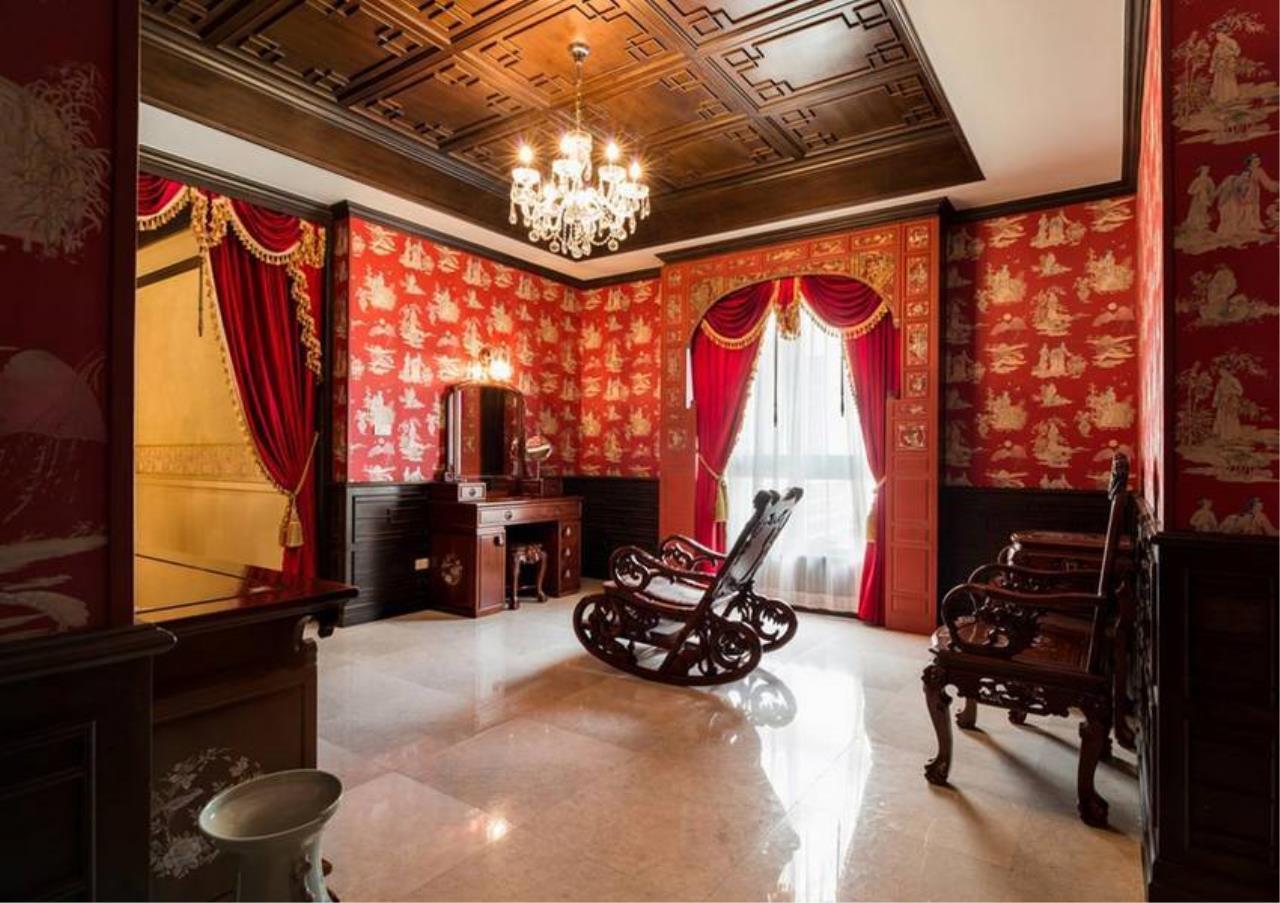Bangkok Residential Agency's 5 Bed Condo For Sale in Ekkamai BR4607CD 13