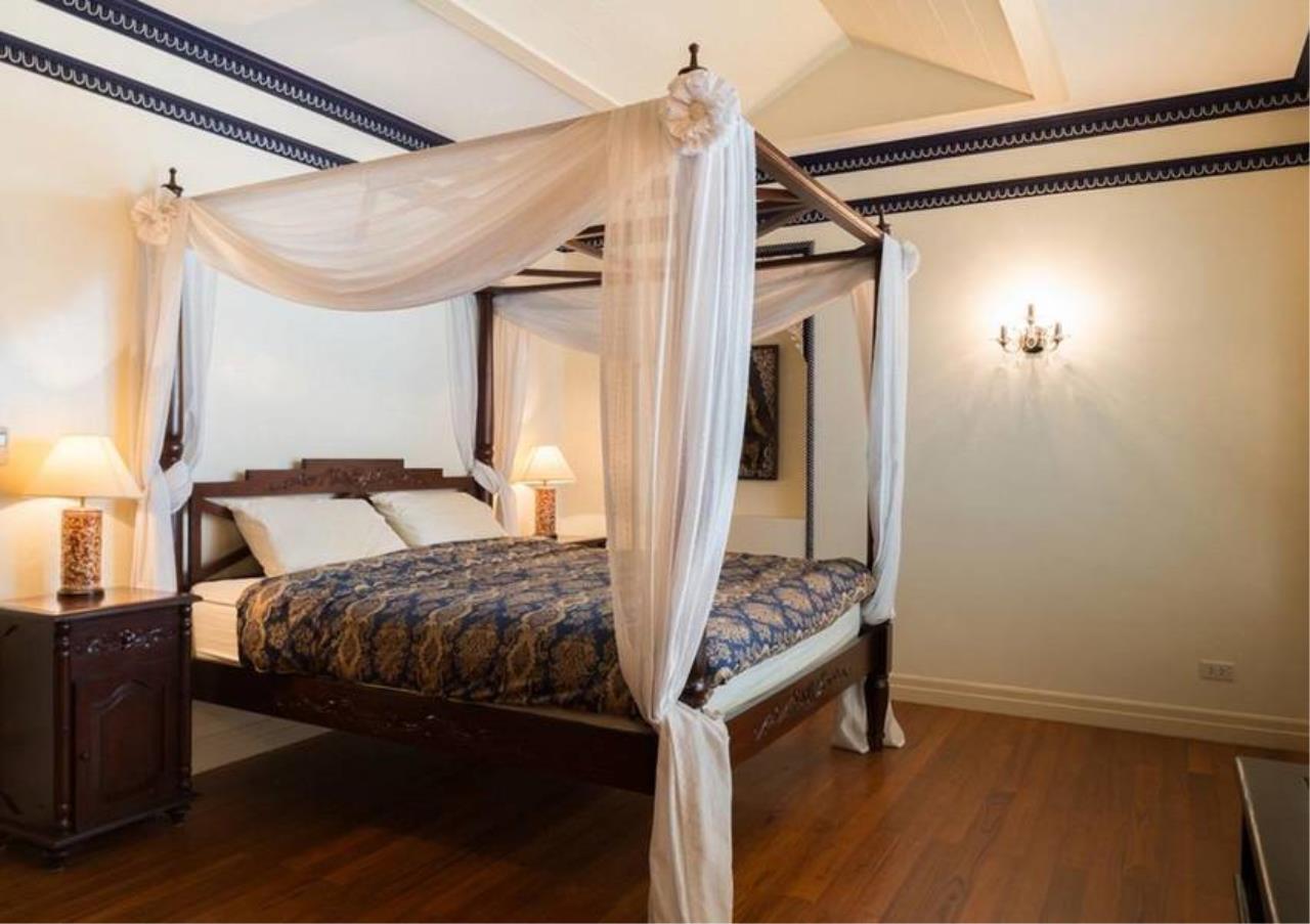 Bangkok Residential Agency's 5 Bed Condo For Sale in Ekkamai BR4607CD 18