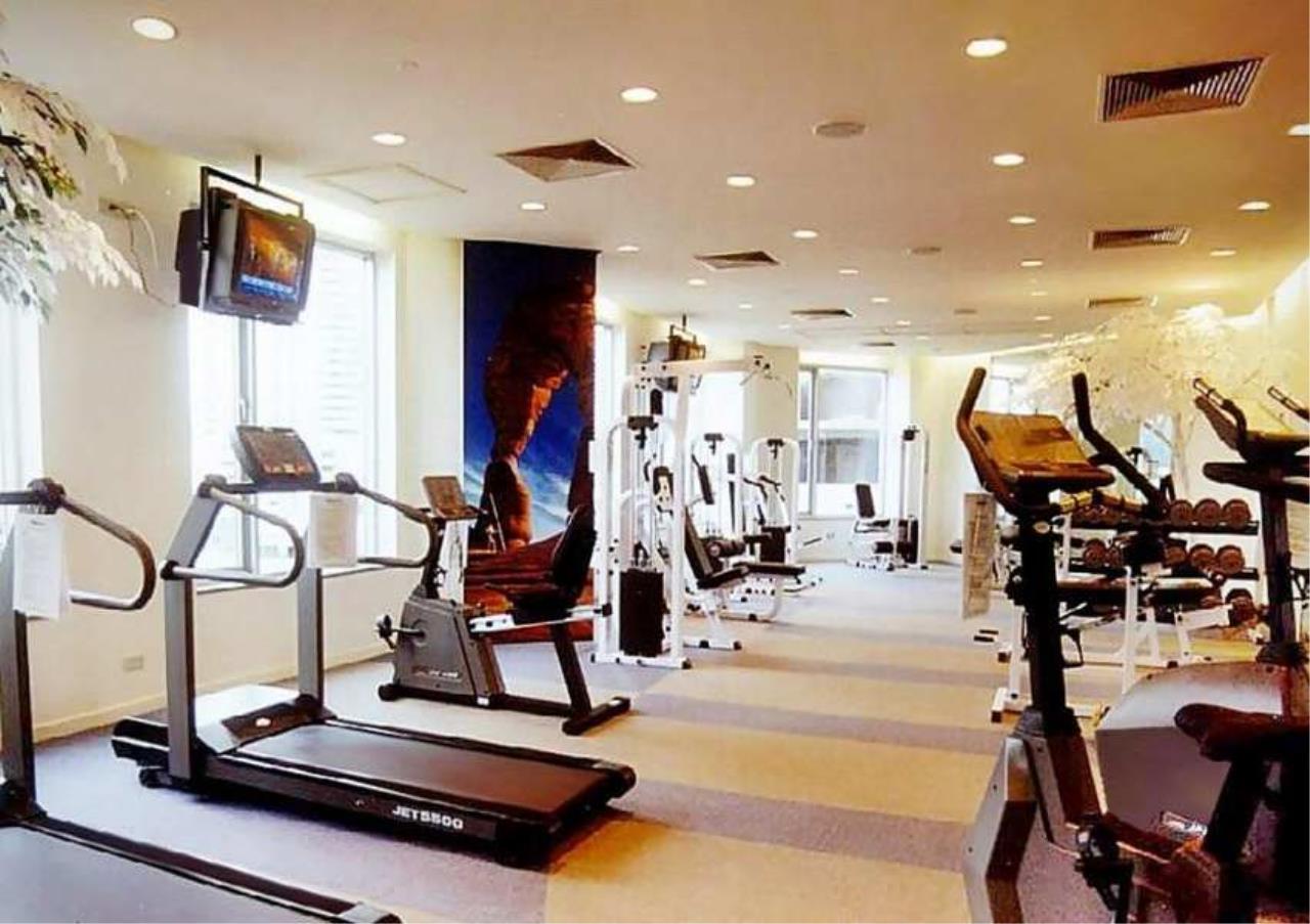 Bangkok Residential Agency's 3 Bed Condo For Rent in Phloenchit BR4612CD 18