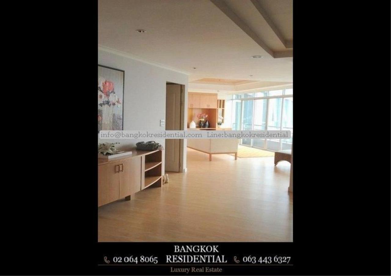 Bangkok Residential Agency's 2 Bed Condo For Rent Near Riverside BR4619CD 2