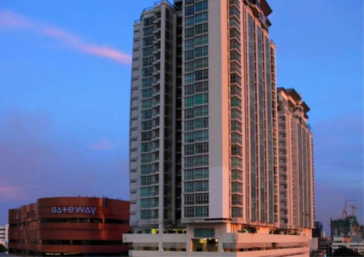 Bangkok Residential Agency's 3 Bed Condo For Rent in Ekkamai BR4744CD 1