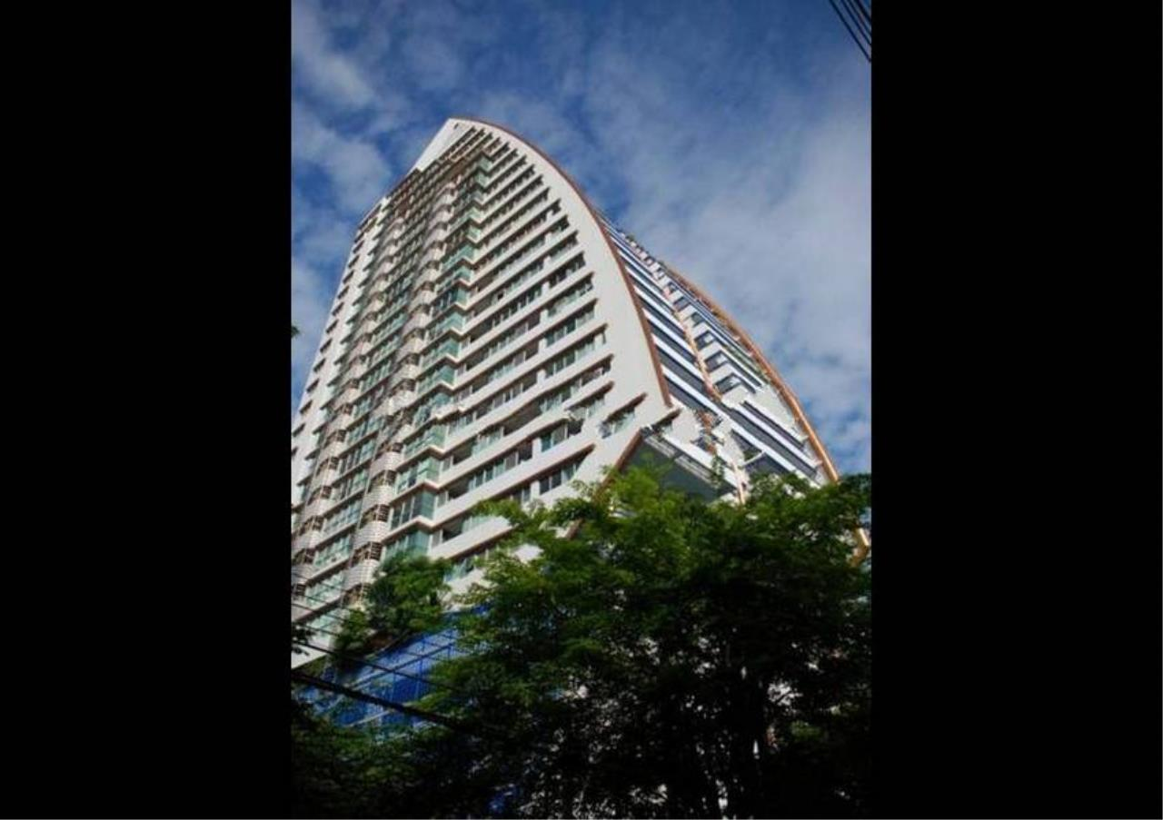 Bangkok Residential Agency's 2 Bed Condo For Rent in Sathorn BR4797CD 3