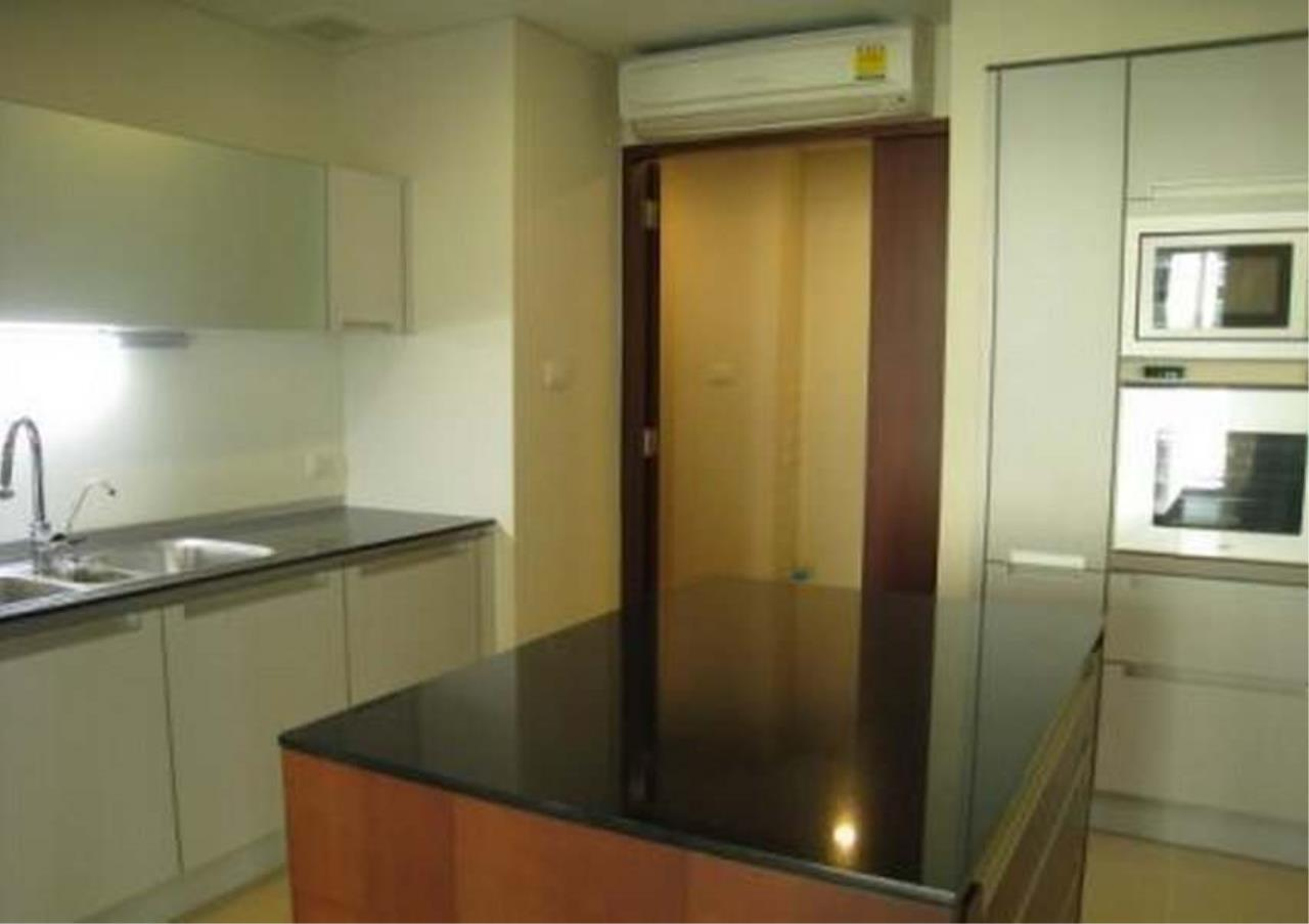 Bangkok Residential Agency's 3 Bed Condo For Rent in Chidlom BR4852CD 3