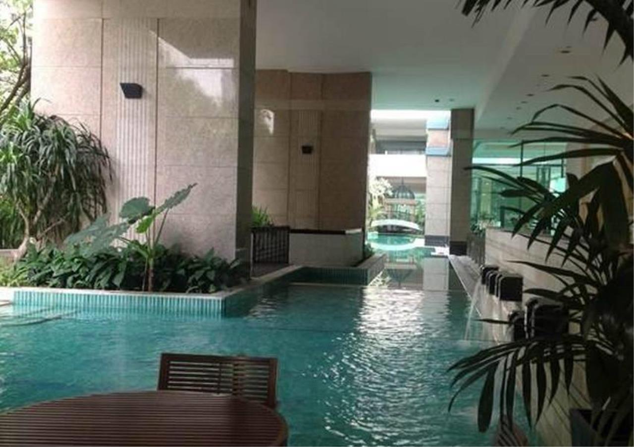 Bangkok Residential Agency's 3 Bed Condo For Rent in Chidlom BR4852CD 15