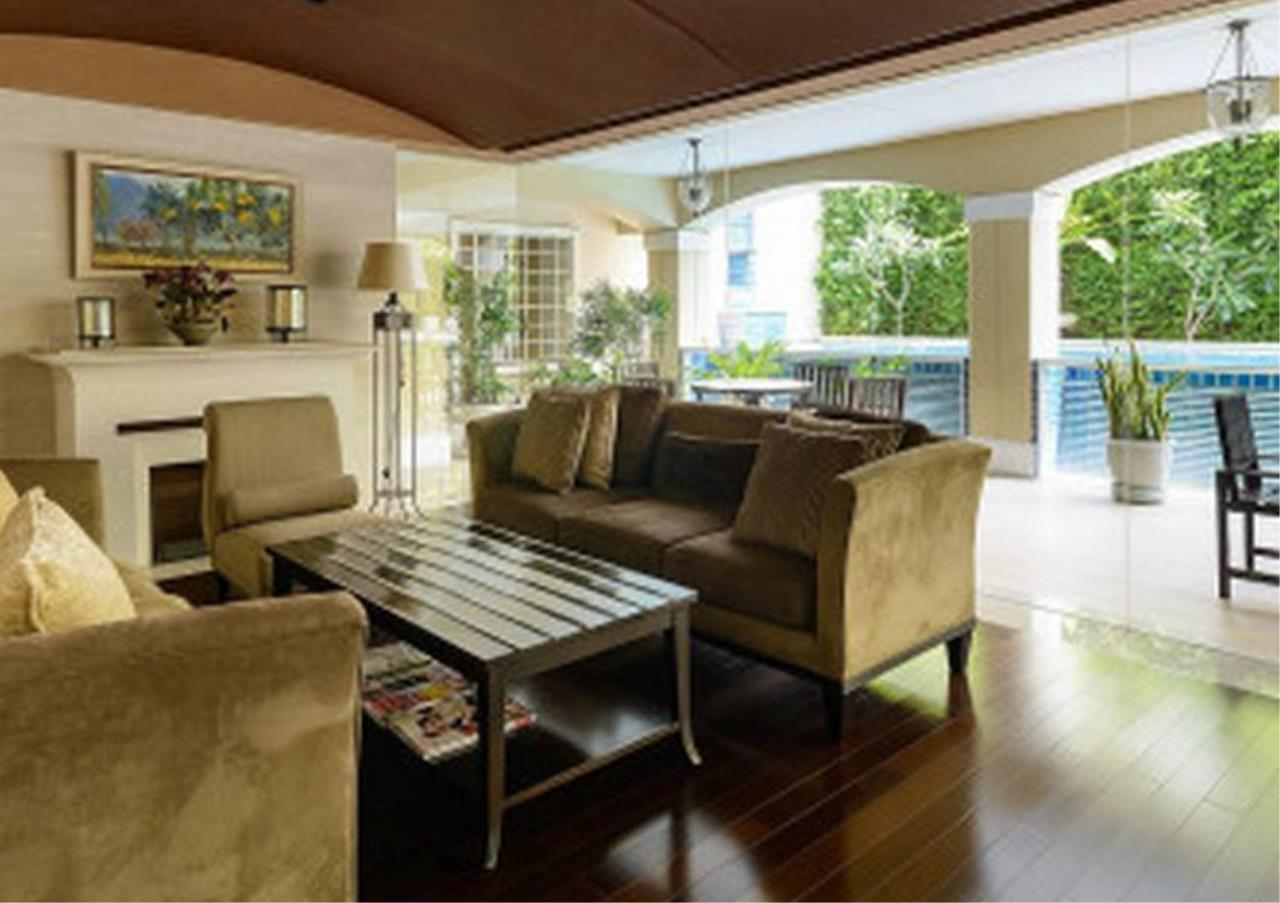 Bangkok Residential Agency's 2 Bed Condo For Sale in Phrom Phong BR4864CD 6