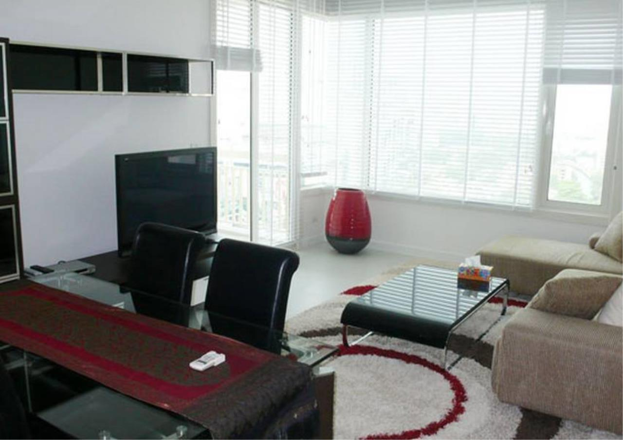 Bangkok Residential Agency's 2 Bed Condo For Rent in Chidlom BR4874CD 1