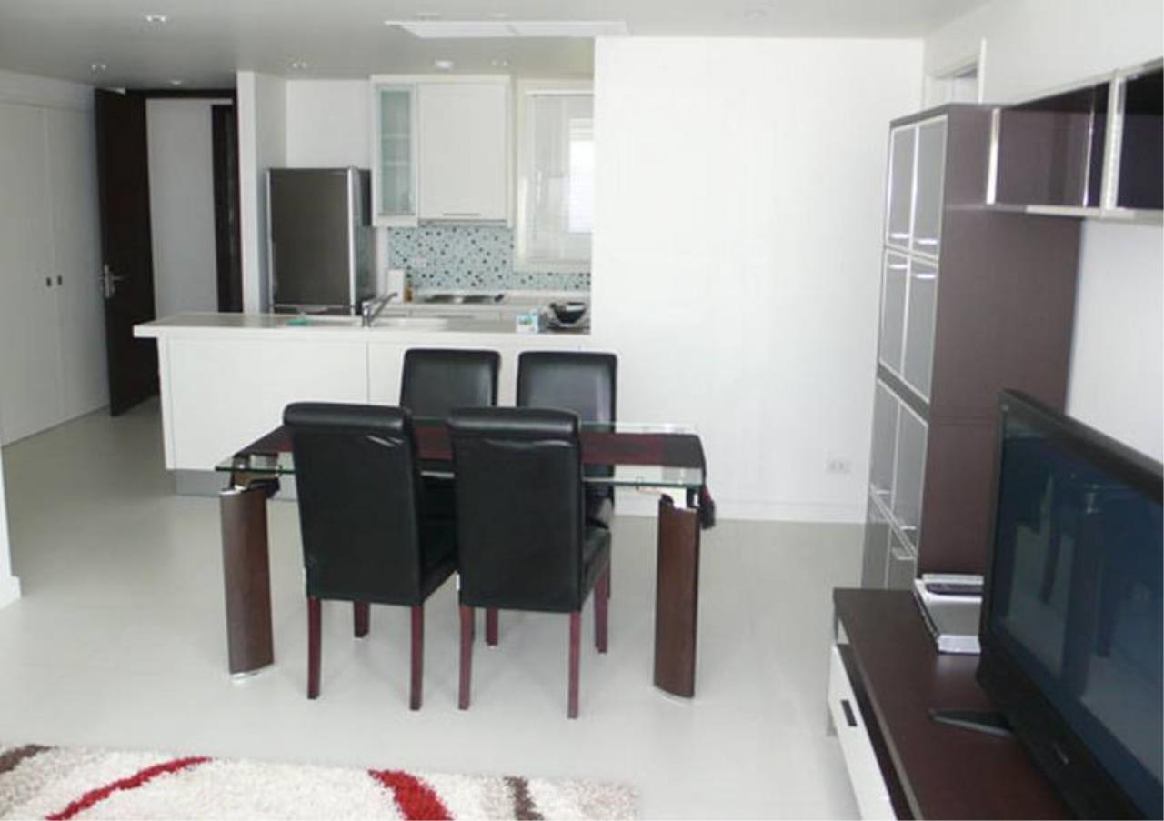 Bangkok Residential Agency's 2 Bed Condo For Rent in Chidlom BR4874CD 2