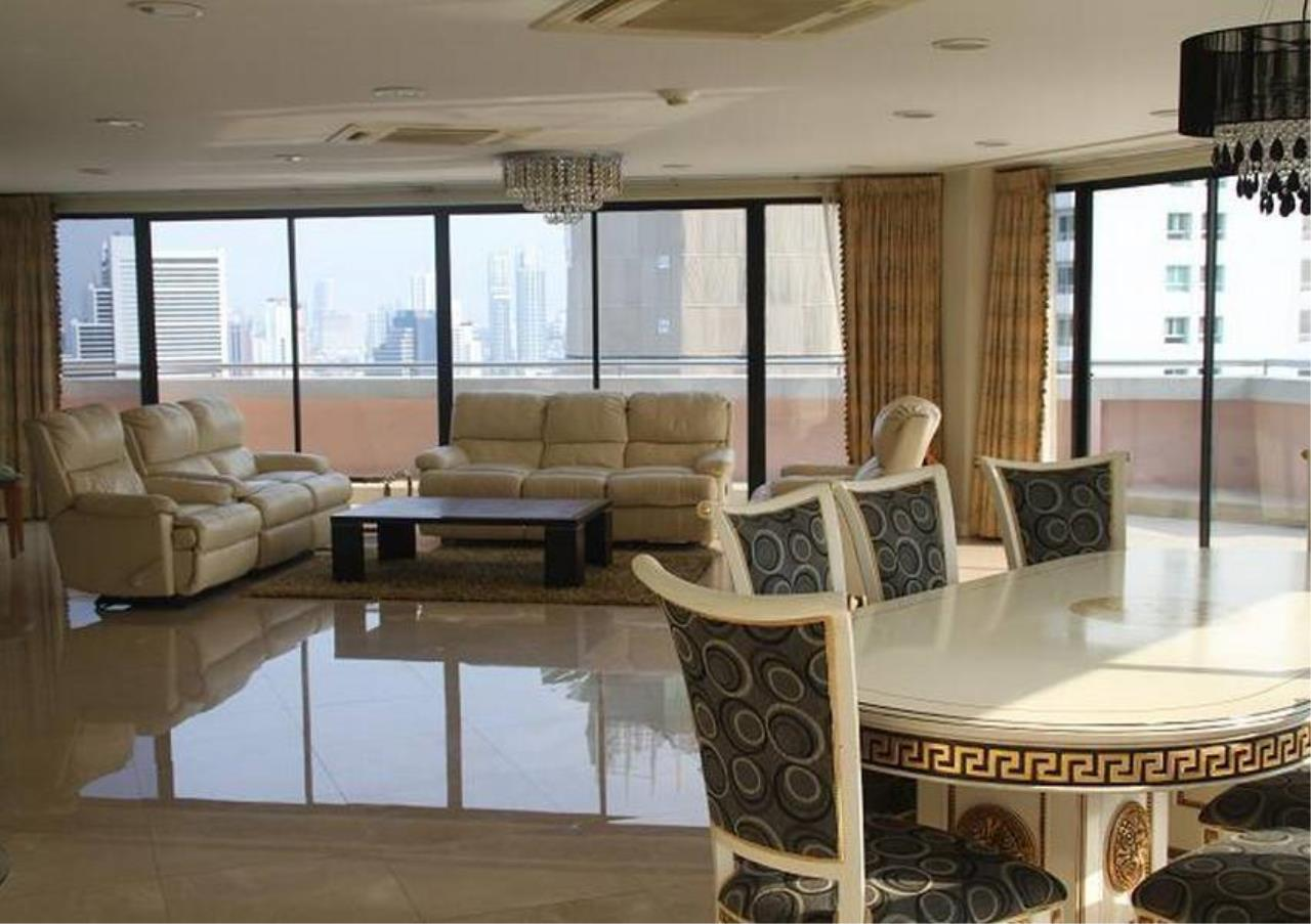 Bangkok Residential Agency's 5 Bed Penthouse For Rent in Phrom Phong BR4896CD 1