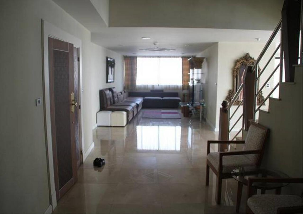 Bangkok Residential Agency's 5 Bed Penthouse For Rent in Phrom Phong BR4896CD 4