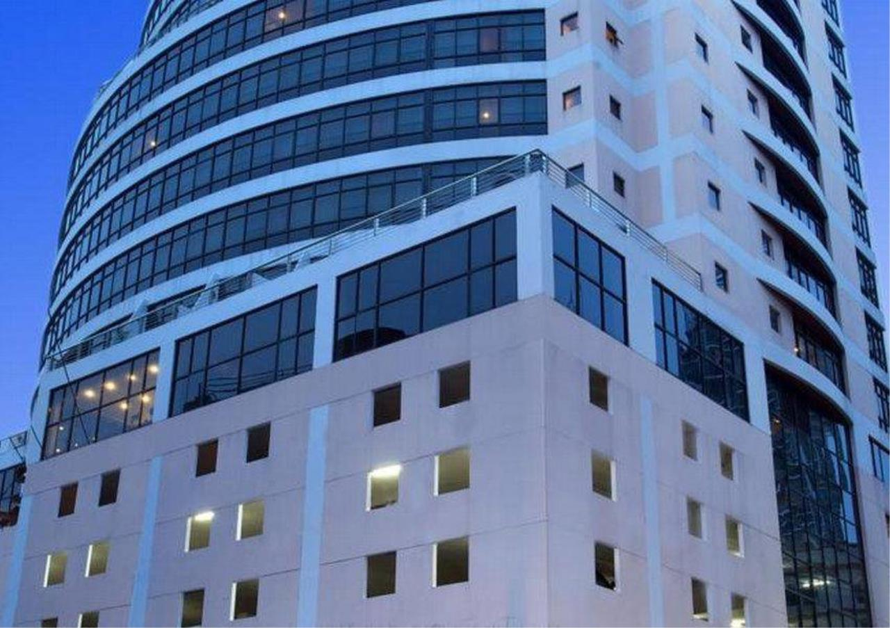 Bangkok Residential Agency's 5 Bed Penthouse For Rent in Phrom Phong BR4896CD 12