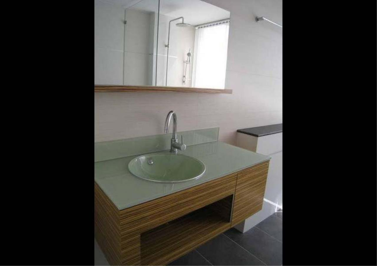 Bangkok Residential Agency's 3 Bed Condo For Rent in Phrom Phong BR4953CD 12