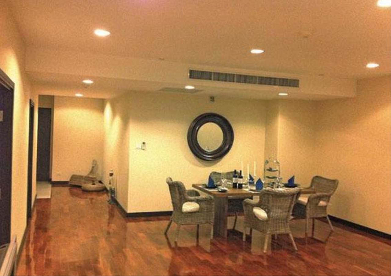 Bangkok Residential Agency's 3 Bed Condo For Rent in Phrom Phong BR4984CD 2