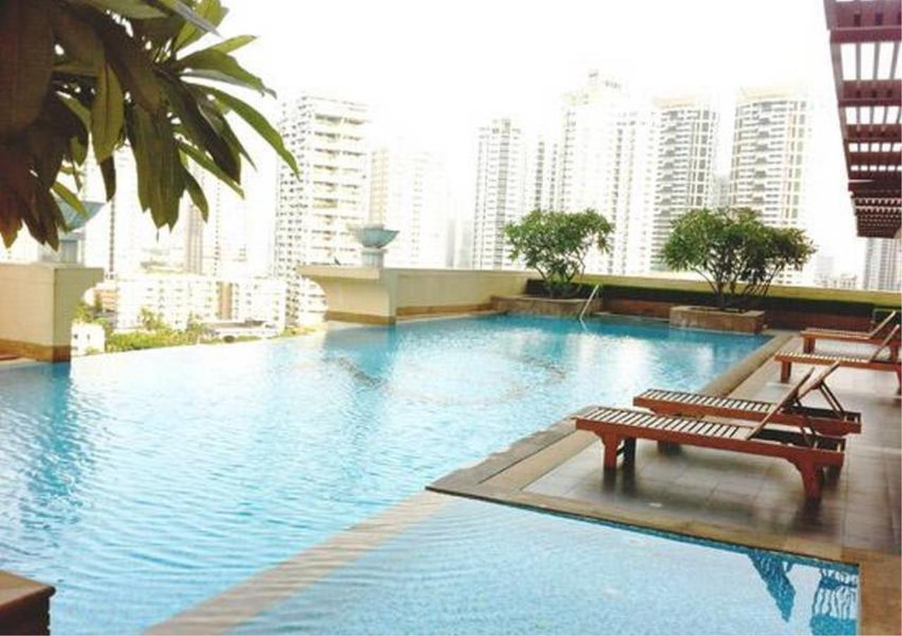 Bangkok Residential Agency's 3 Bed Condo For Rent in Phrom Phong BR4984CD 11