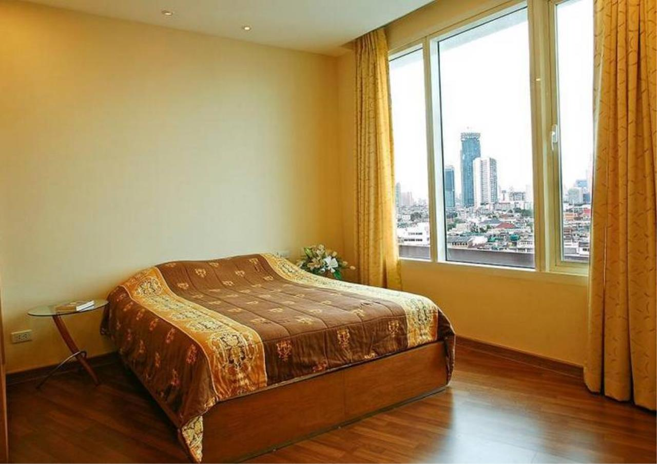 Bangkok Residential Agency's 3 Bed Condo For Sale Near  Riverside BR4995CD 2