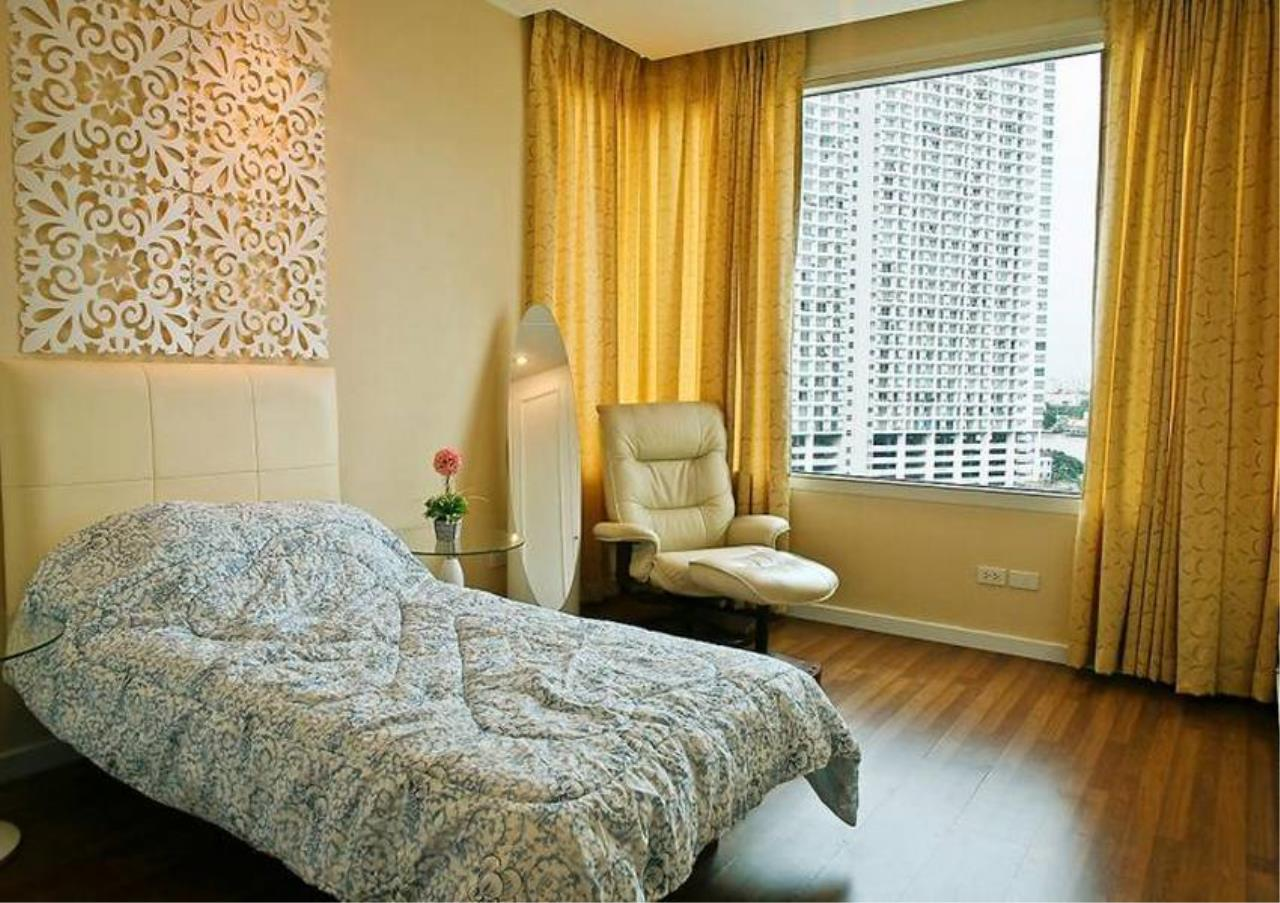 Bangkok Residential Agency's 3 Bed Condo For Sale Near  Riverside BR4995CD 8