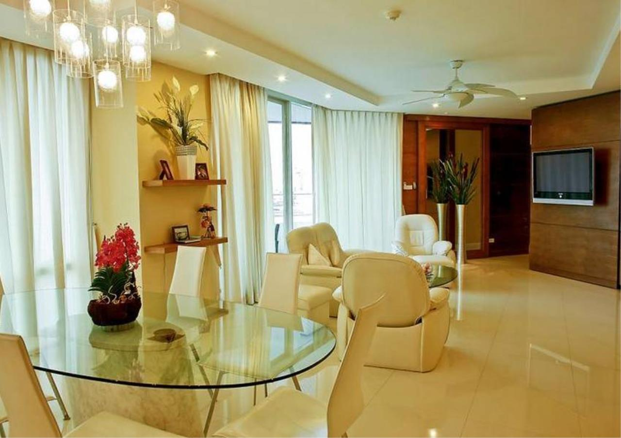 Bangkok Residential Agency's 3 Bed Condo For Sale Near  Riverside BR4995CD 11