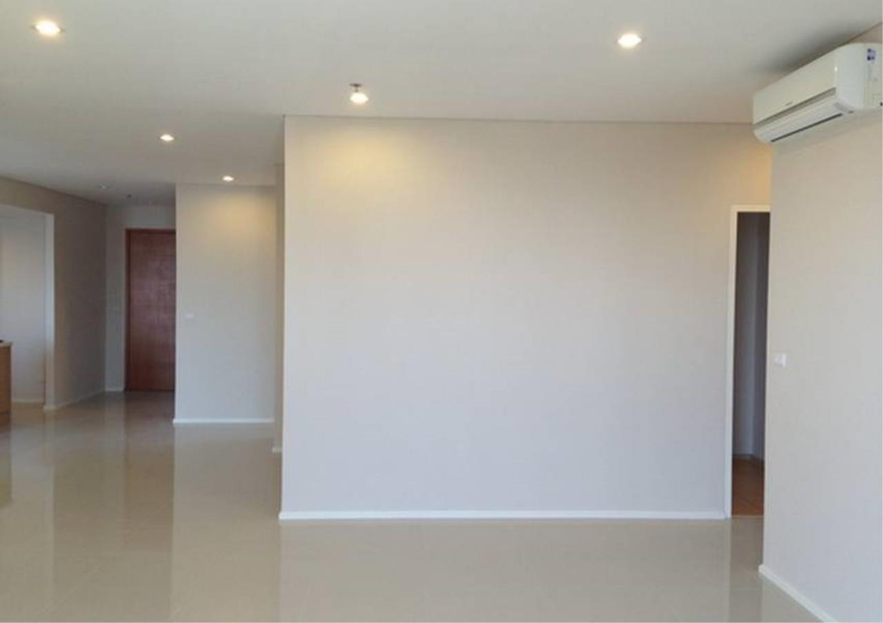 Bangkok Residential Agency's 5 Bed Condo For Sale in Phetchaburi BR5063CD 1