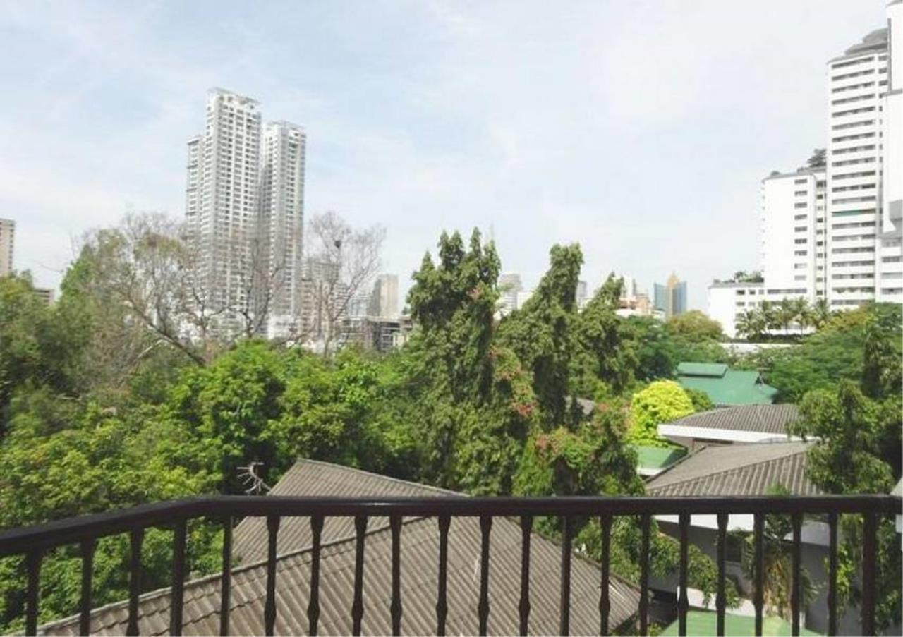 Bangkok Residential Agency's 3 Bed Condo For Rent in Phrom Phong BR5073CD 1