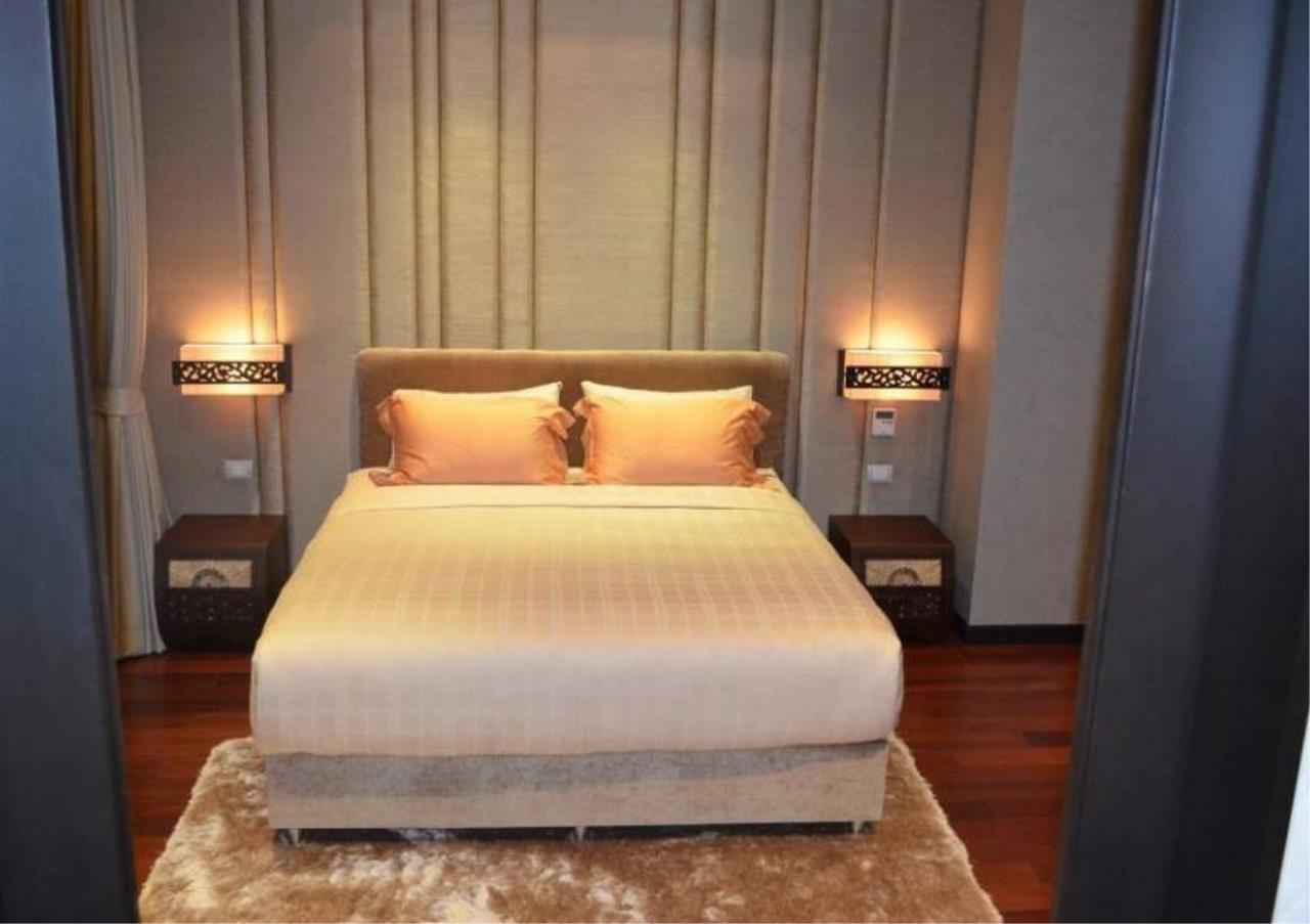 Bangkok Residential Agency's 4 Bed Condo For Rent in Phrom Phong BR5096CD 1