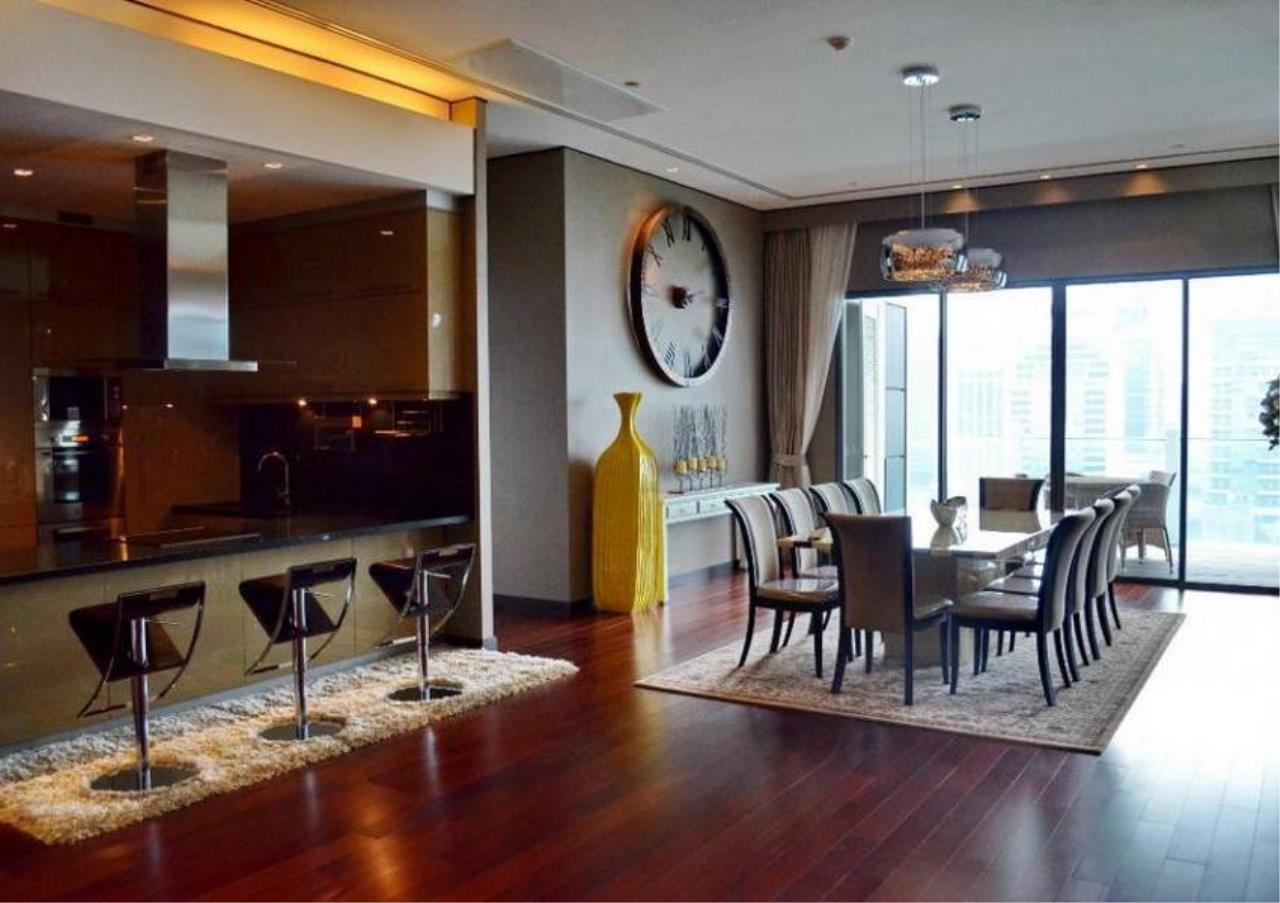 Bangkok Residential Agency's 4 Bed Condo For Rent in Phrom Phong BR5096CD 3