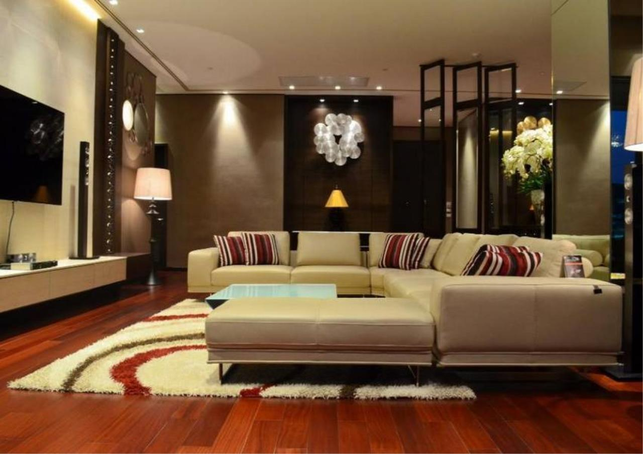 Bangkok Residential Agency's 4 Bed Condo For Rent in Phrom Phong BR5096CD 6