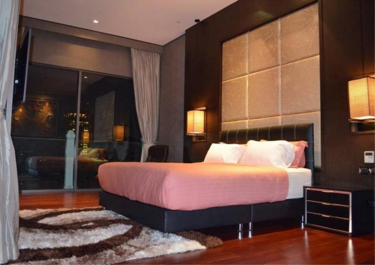 Bangkok Residential Agency's 4 Bed Condo For Rent in Phrom Phong BR5096CD 7