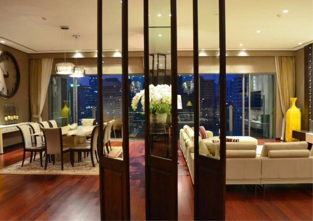 Bangkok Residential Agency's 4 Bed Condo For Rent in Phrom Phong BR5096CD 11