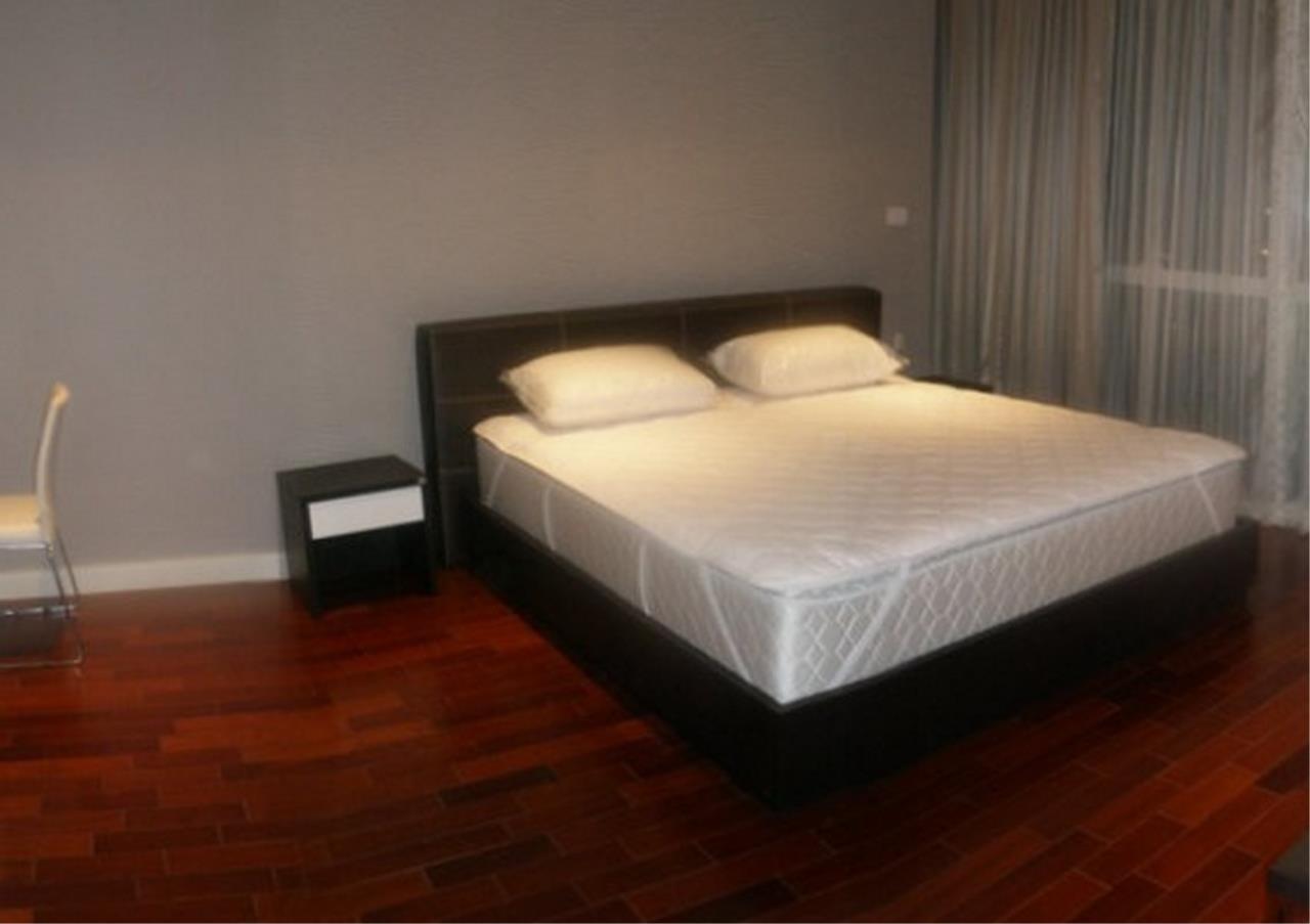 Bangkok Residential Agency's 3 Bed Condo For Rent in Phloenchit BR5144CD 4