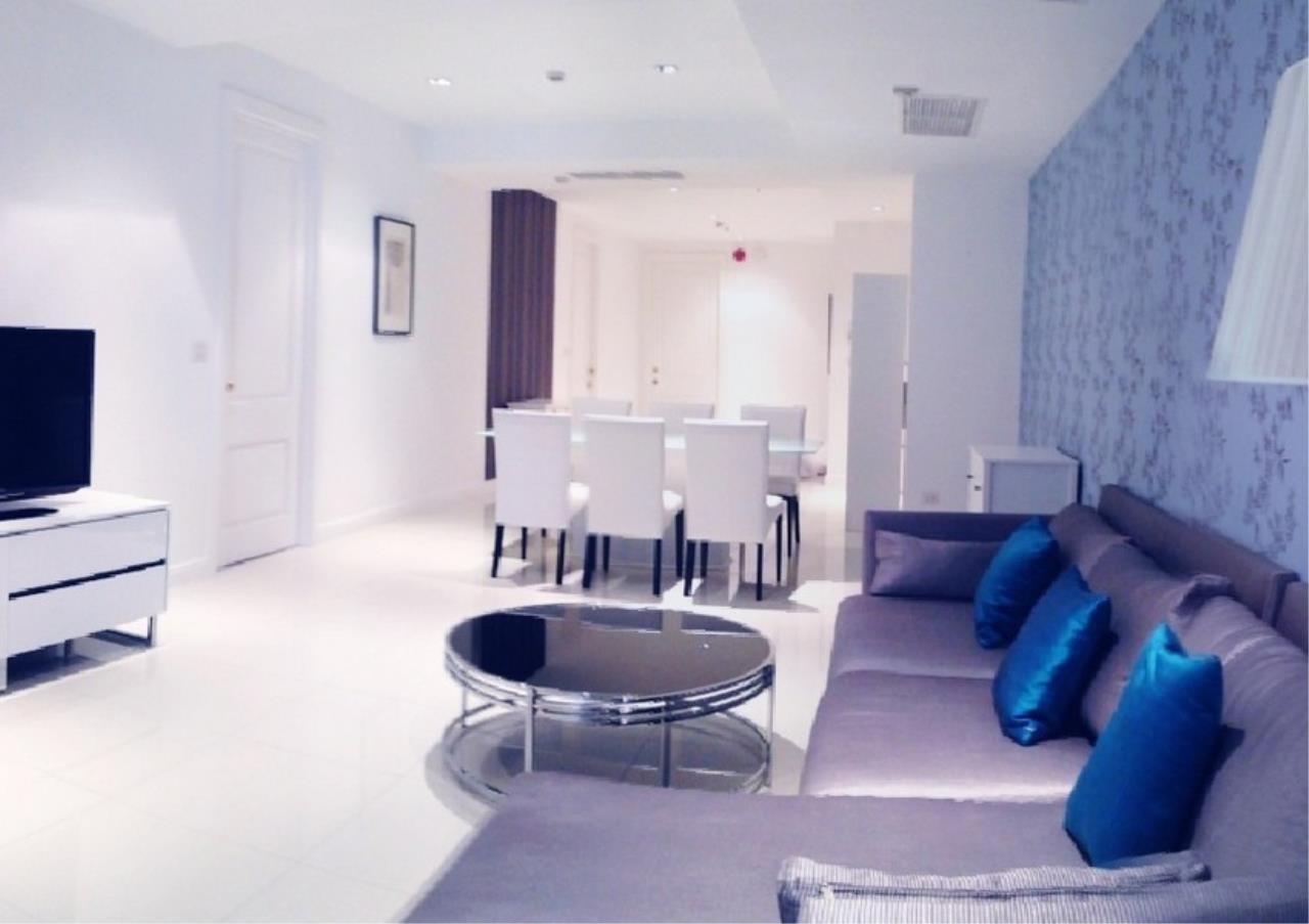 Bangkok Residential Agency's 3 Bed Condo For Rent in Phloenchit BR5144CD 2