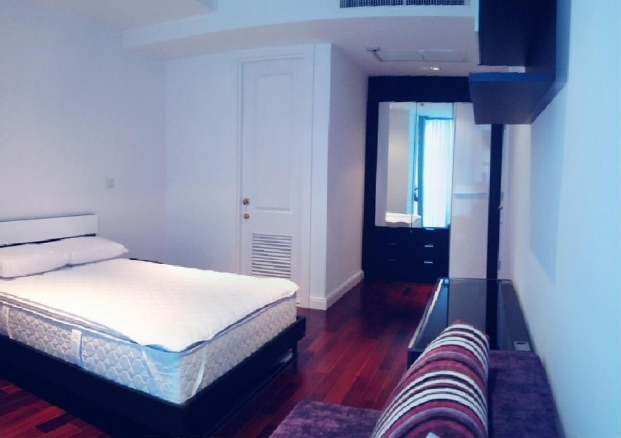 Bangkok Residential Agency's 3 Bed Condo For Rent in Phloenchit BR5144CD 6