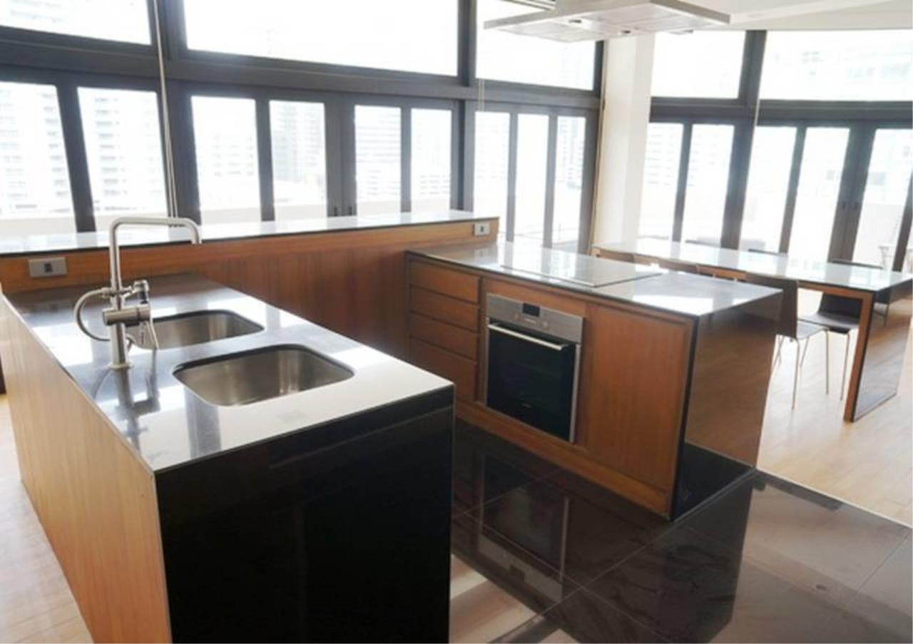 Bangkok Residential Agency's 2 Bed Condo For Rent in Asoke BR5169CD 3