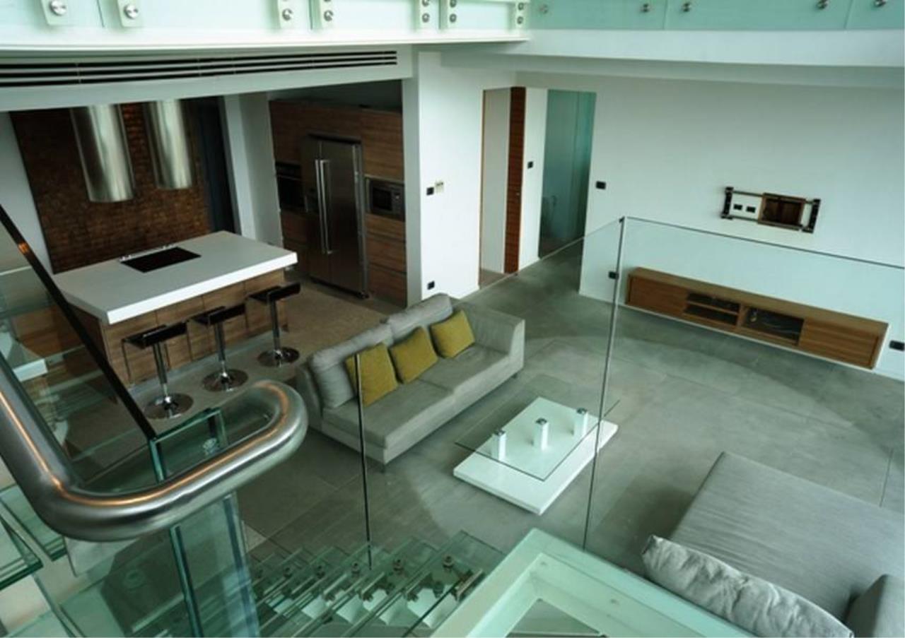 Bangkok Residential Agency's 4 Bed Penthouse For Rent in Ekkamai BR5170CD 1