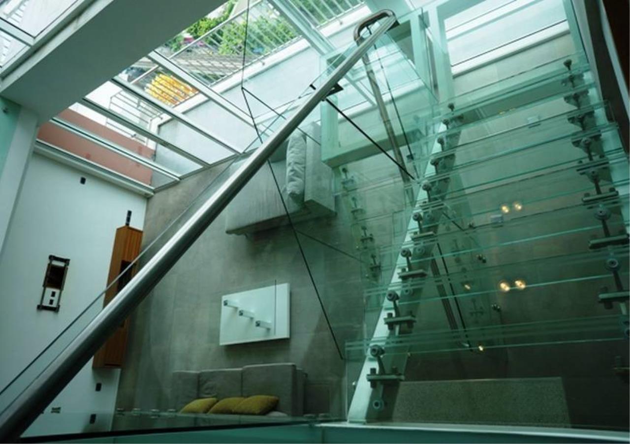Bangkok Residential Agency's 4 Bed Penthouse For Rent in Ekkamai BR5170CD 6