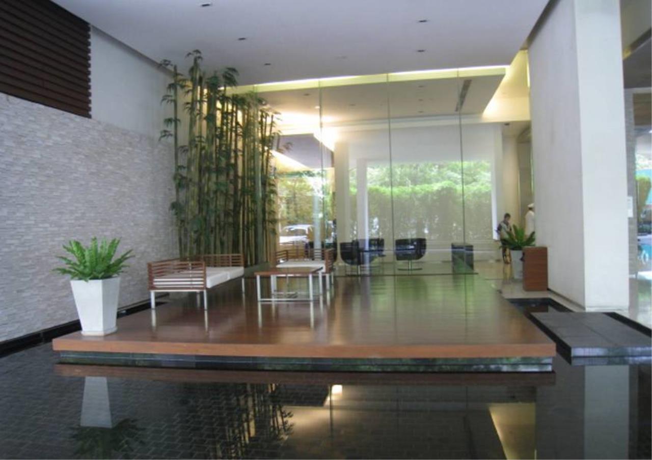 Bangkok Residential Agency's 4 Bed Penthouse For Rent in Ekkamai BR5170CD 13