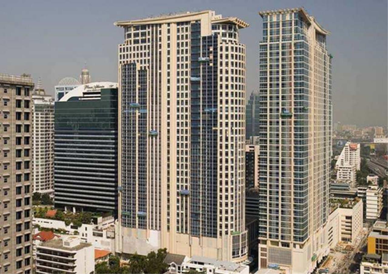 Bangkok Residential Agency's 3 Bed Condo For Rent in Phloenchit BR5180CD 8