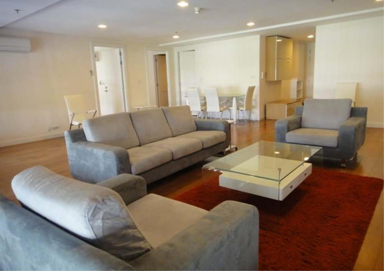 Bangkok Residential Agency's 2 Bed Condo For Sale in Phrom Phong BR5199CD 1