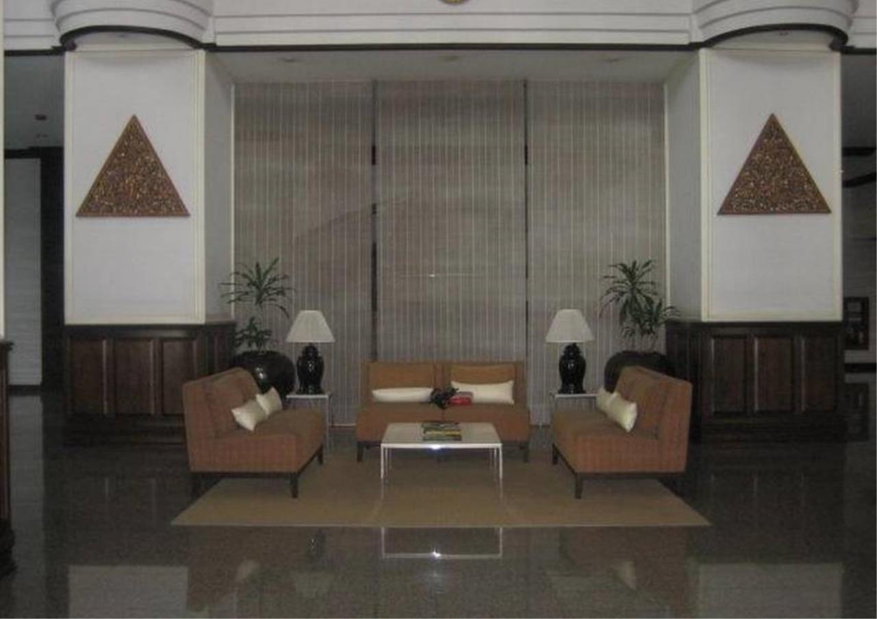 Bangkok Residential Agency's 4 Bed Condo For Rent in Nana BR5269CD 2