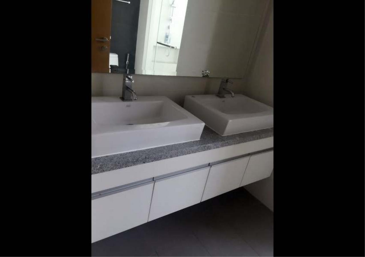 Bangkok Residential Agency's 3 Bed Condo For Rent in Asoke BR5362CD 1