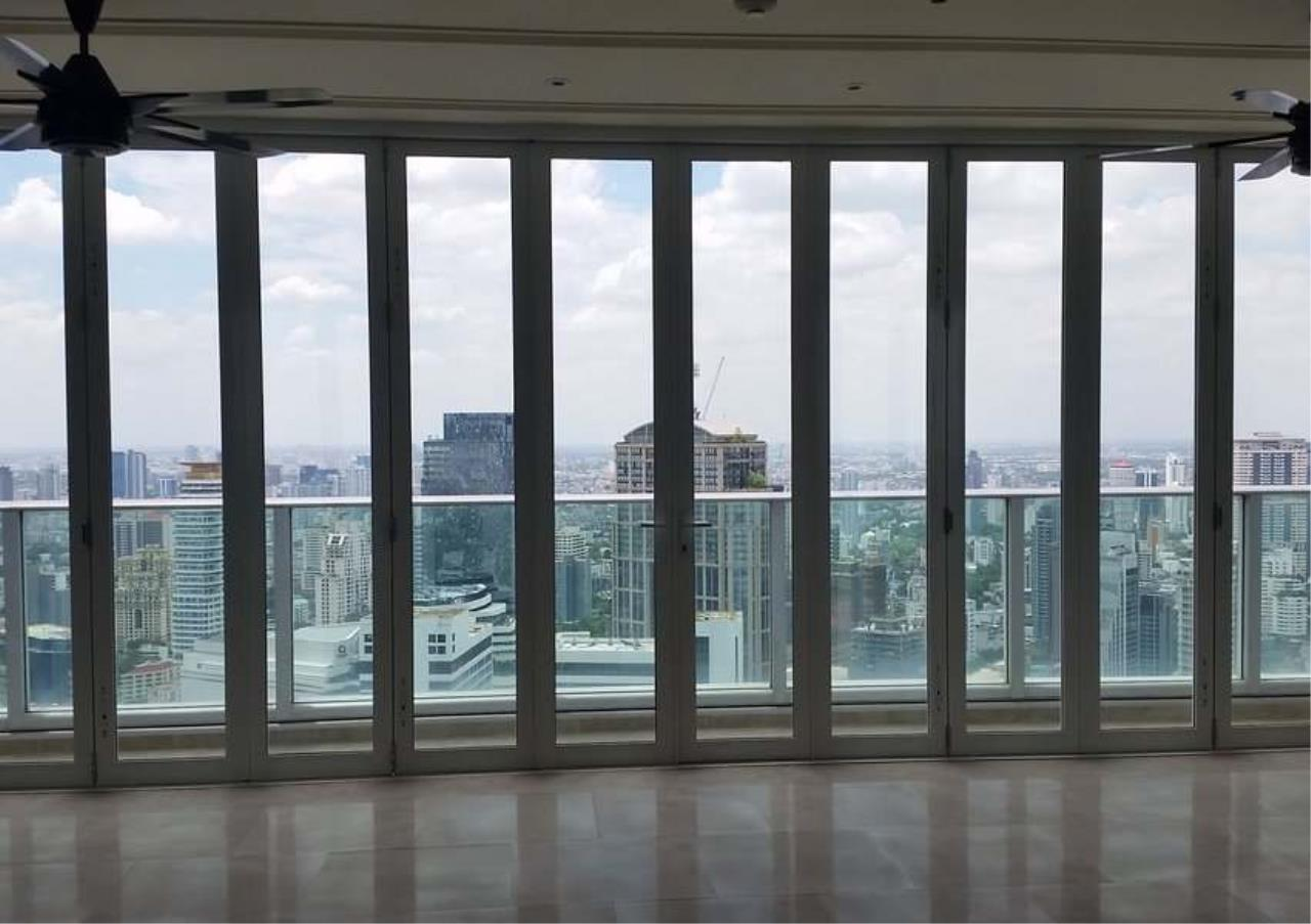 Bangkok Residential Agency's 4 Bed Penthouse For Rent in Asoke BR5406CD 4