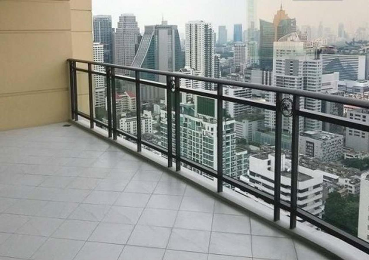 Bangkok Residential Agency's 4 Bed Condo For Rent in Asoke BR5607CD 1